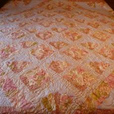 Alyce's Meet Me In Paris Quilt