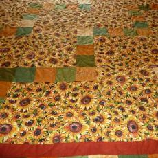 Sunflower Happy Trails Quilt