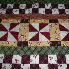 Delores's Christmas Row By Row Quilt