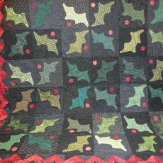 Holly Berries Quilt