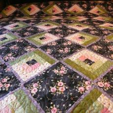 Edith's Log Cabin Flower Quilt