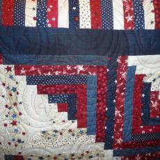 Barn Raising Log Cabin Quilt